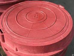 Люк полимерный легкий красный D